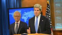 John Kerry amerikai külügyminiszter és Martin Indyk